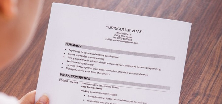 5 easy tips to improve your resume in 2016